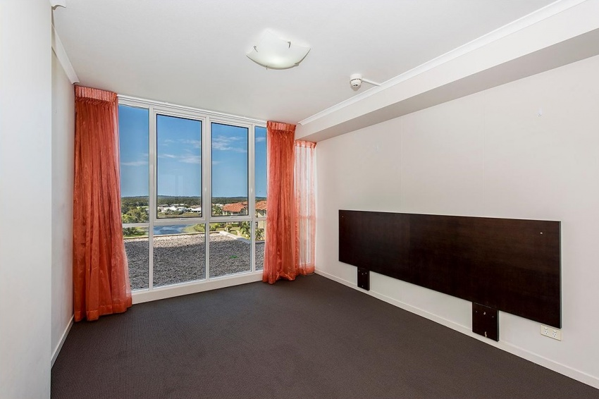 Pelican Waters Apartment For Sale