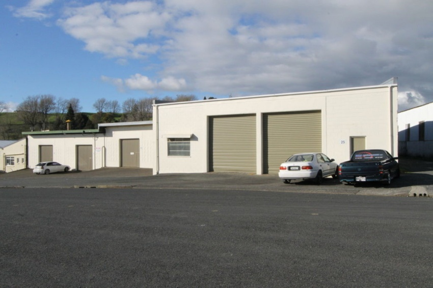 Commercial Building for Lease