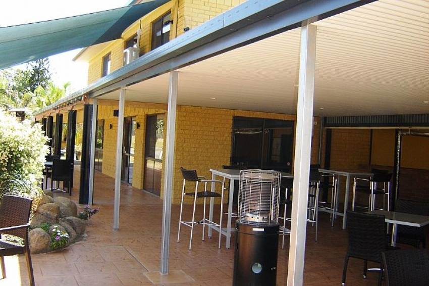 Country Queensland Motor Inn Lease For Sale