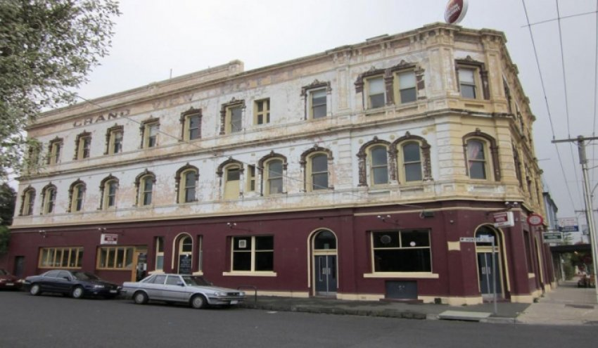 SOLD - West Brunswick, Grand View Hotel