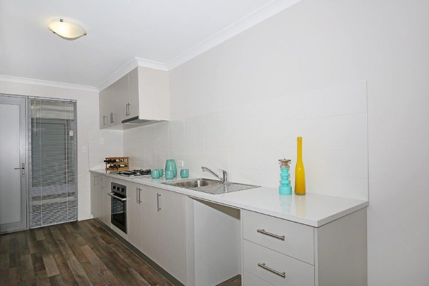 Unit 1 - Brand New Positive Cashflow Apartment