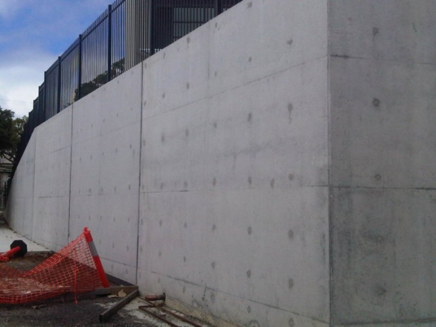 SOLD - North Geelong, Concrete Construction Company